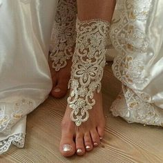 #ivory #Beach #wedding #barefoot #sandals #scaly #pearl #bangle #anklet…