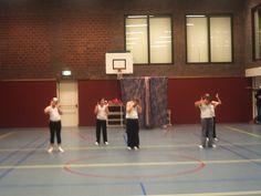 BSA Stadsveld 2004 Dynamic Dance, Budgeting, Dancer, Basketball Court, Van, Sports, Hs Sports, Dancers, Budget Organization