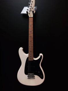 Ibanez Guitars 1987 Roadstar II