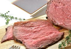 Delicious Roast Beef Recipe utilizing an Instant Pot. You're left with succulent and juicy slices of roast beef without the use of an oven.