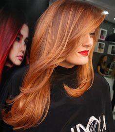 Red Hair Color : auburn hair with subtle highlights. Auburn Balayage, Balayage Hair, Auburn Ombre, Red Hair With Balayage, Auburn Red, Blonde Ombre, Hair Color Shades, Red Hair Color, Hair Colors