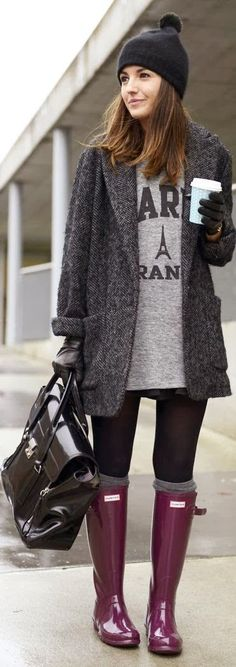 Pink boots,Long Coat And Handbag - Great Winter Style