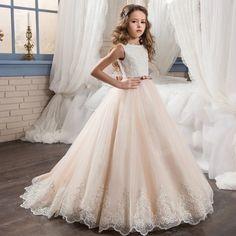 113.53$ Watch now - http://alioro.worldwells.pw/go.php?t=32766089911 - Prom Dress Children White Flower Girls Dresses for Wedding Holy Communion Dresses Tulle Kids Ball Gowns Long Girls Dress