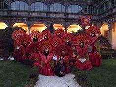 Carnavales en Compostela! Fotografíate con el tercer fundador de la Universidad de Santiago de Compostela! Patio-claustro Pazo Fonseca en Santiago de Compostela