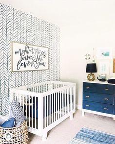 💙 ocean blue ☺️ • #babyletto Hudson crib • ���