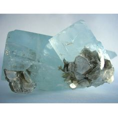 Aquamarine is associated with the The Throat Chakra, or 5th Chakra, which is situated in the center of the throat. It is associated with the thyroid gland, and the colour blue. Governing both communication and expression of our inner worlds, the functioning of the other chakras can affect the Throat Chakra in different ways. Discordant communication, being too harsh or too meek, being boastful or insulting oneself, repeating what other people say, lying. Likewise when we are balanced in our c...