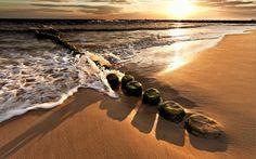 Stones on the beach wallpaper