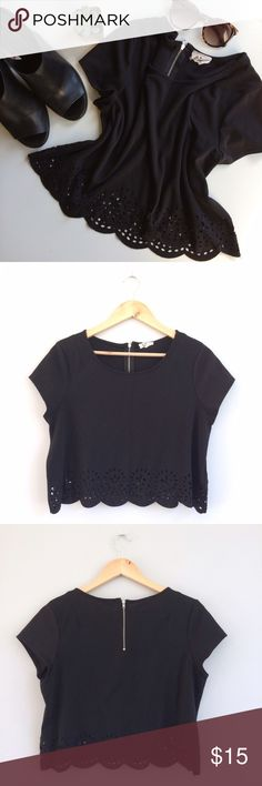 ⭐️HP!⭐️UO Lasercut Crop Top Adorable black scallop hem crop top with floral lasercut detailing and zipper back, from Urban Outfitters brand Pins & Needles. Pair this with your favorite high waist jeans and boots or heels for an outfit that's edgy and girly at once! Bust: 18.5in, shoulder to hem: 17in, polyester/rayon/spandex blend. Gently worn, good condition. Urban Outfitters Tops Crop Tops