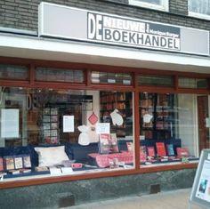 Nieuwe boekwinkel,etalage