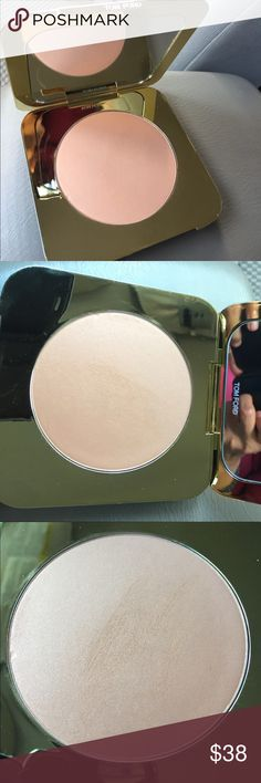 Tom Ford Bronzing powder My friend gave me this as a gift. I just swatched it to see how it would look, I didn't apply any to my face. It is a golden brown color with shimmer. I don't like shimmer and that's why I'm selling it. Details included in picture. Tom Ford Makeup Bronzer