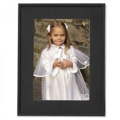 """Lawrence Frames 8"""" x 10"""" Flat Wood Picture Frame in Black - 736080"""