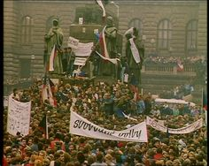 """History : """"The Velvet Revolution"""" - Prague, 1989 Old Pictures, Old Photos, Vintage Photos, Political Organization, Prague Czech Republic, Golden Days, My Roots, Most Beautiful Cities, My Heritage"""