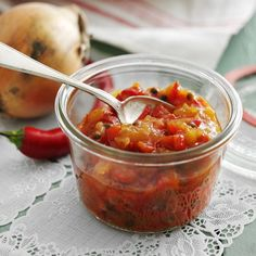 Pepper and onion chutney - Recipes Side Recipes, Vegan Recipes, Cooking Recipes, Cordial Recipe, Chutney Recipes, Swedish Recipes, Peppers And Onions, Diy Food, Food Inspiration