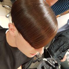Slick Hairstyles, Classic Hairstyles, Hairstyles Haircuts, Crop Haircut, Fade Haircut, Short Hair Cuts, Short Hair Styles, Edgy Haircuts, Undercut Pompadour