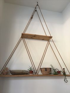17 Simple and Amazing Bookshelf Plans Rope Shelves, Diy Hanging Shelves, Plant Shelves, Apartment Furniture, Home Decor Furniture, Cool Furniture, Diy Home Decor, Bookshelf Plans, Wood Projects