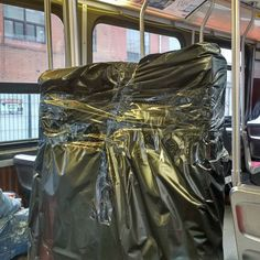 The starving-artist mode of transporting one's art to a gallery show: the TTC!  #radfordmakesart #newbie #excited
