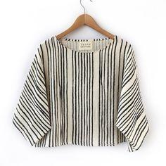 Sewing Clothes Dresses Website New Ideas Outfit Essentials, Mode Outfits, Dress Outfits, Dress Shoes, Shoes Heels, Dresses, Blusas T Shirts, Dress Websites, Diy Vetement