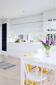 Cores, criatividade numa casa pra ser vivida - Bem Prendada