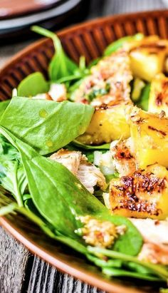 Bet this is yummy --> Baby Spinach with Grilled Pineapple & Chicken #fresh #summer
