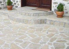 kamenná dlažba malá, barevný odstín rusty