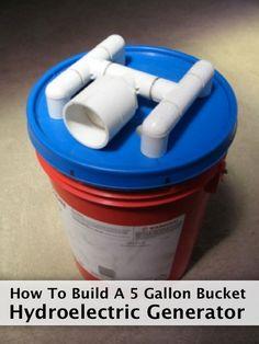 How To Build A 5 Gallon Bucket Hydroelectric Generator - Homestead & Survival Homestead Survival, Camping Survival, Survival Prepping, Emergency Preparedness, Survival Gear, Survival Skills, Survival Books, Survival Items, Survival Shelter