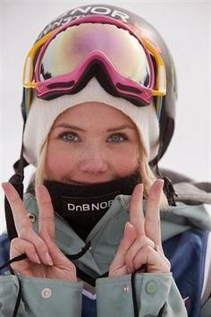 The 29 Hottest Female Olympians At Sochi (Girl Crush Alert): Silje Norendal, snowboarding Snowboarding Style, Ski And Snowboard, Snowboarding Clothes, Snowboard Goggles, Ski Goggles, Winter Hiking, Winter Fun, Silje Norendal, Premier League
