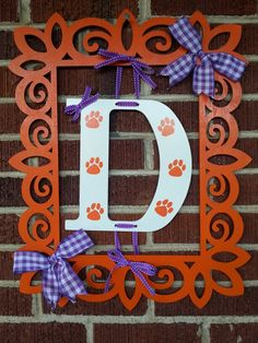 Laser frame with monogram Mdf Frame, Clemson Tigers, Monogram Frame, Monograms, Wood Projects, Craft Ideas, Wreaths, Signs, Crafts