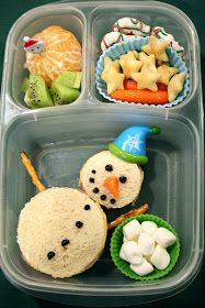 Chaos and Confections: Holly Jolly Ho-Ho-Holiday Hop! - Chaos and Confections: Holly Jolly Ho-Ho-Holiday Hop! Kids Lunch For School, School Snacks, Lunch Snacks, Cold Lunches, Kid Snacks, Bag Lunches, Healthy Lunches, Winter Thema, Toddler Lunches