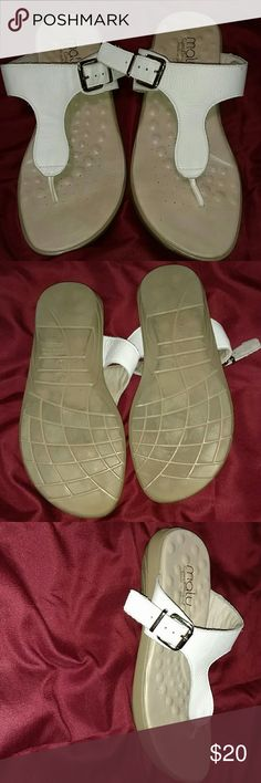 Malu white slides Malu a Brazilian made shoe, in excellent condition and made for comfort. Malu  Shoes Sandals