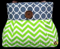 30 Days of Giveaways — Day 2 Chevron Purse from Beadsbee    @Sassy Steals