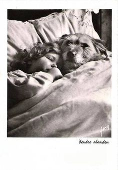 Dog Love, Puppy Love, Dogs And Kids, Foto Art, Vintage Pictures, Vintage Photographs, Mans Best Friend, Vintage Postcards, Dog Cat