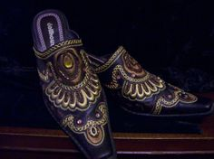 Women Shoes by Dollhouse by MaralynsCollectables on Etsy, $45.00