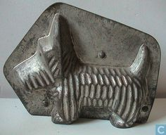 "Antique ""Scottie Dog"" chocolate Mold."