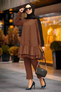 Modest Fashion Hijab, Stylish Hijab, Embroidered Bag, Mode Hijab, Tabata, Frocks, Indigo, Peplum, Couture