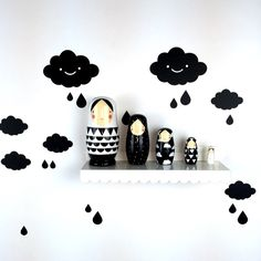 Nesting dolls, metaal shelf and cloud wall decal.