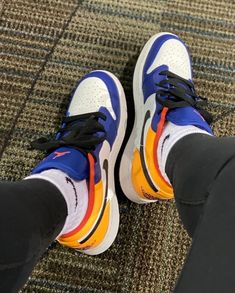 Dr Shoes, Nike Air Shoes, Hype Shoes, Me Too Shoes, Sneakers Mode, Cute Sneakers, Sneakers Fashion, Shoes Sneakers, Jordan Shoes Girls