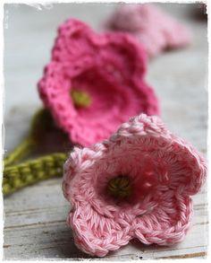 Leuk gehaakt bloemetje
