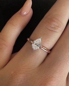 Details about  /2.35Ct Pear Aquamarine Bridal Set Engagement Ring Solid 14K Rose Gold Finish