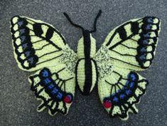 Papilio machaon amigurumi pattern by MieksCreaties Crochet Fairy, Crochet Bee, Crochet Butterfly, Crochet Birds, Freeform Crochet, Butterfly Pattern, Crochet Chart, Crochet Patterns Amigurumi, Cute Crochet
