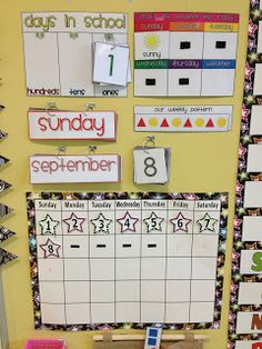 Calendar Math - Love the depth of math that could be achieved with this set up! Australian Curriculum - Measurement & Geometry- Using Units of Measurement- - Use a calendar to identify the date & determine the number of days in each month Calendar Time Kindergarten, School Calendar, Kindergarten Classroom, Classroom Activities, Teaching Math, Classroom Ideas, Spanish Classroom, Maths, Teaching Ideas