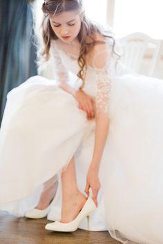 Fotograf i Drammen - Susanne Youngblom Wedding, Fashion, Valentines Day Weddings, Moda, Fashion Styles, Weddings, Fashion Illustrations, Marriage, Chartreuse Wedding