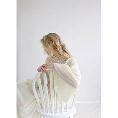 Vintage angel sleeves dress cream boho pleated 1970's