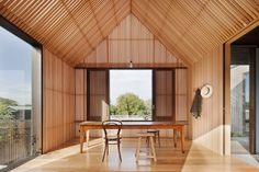 Located in Barwon Heads, Victoria, Australia, Seaview House by Jackson Clements Burrows Architects. This house is located in old Barwon Heads on a street which… Wood Slat Ceiling, Wood Slats, Raked Ceiling, Floor Ceiling, Wood Wood, Home Interior Design, Interior Architecture, Interior And Exterior, Installation Architecture