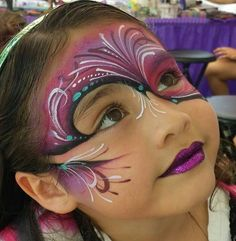 Love this face painting! Adult Face Painting, Painting For Kids, Face Painting Designs, Paint Designs, Mask Face Paint, Balloon Painting, Abstract Faces, Maquillage Halloween, Fantasy Makeup