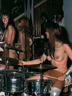 Must Nude female rock band