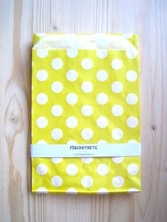 20 Yellow Polka Dot Paper Favor Bags  5 x 7  20 pcs by pinkdotsetc