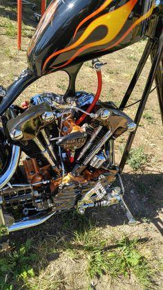 Harley Davidson Engines, Harley Davidson Motorcycles, Custom Choppers, Custom Harleys, Bobber Motorcycle, Cool Motorcycles, Old School Chopper, Custom Street Bikes, Chopper Bike