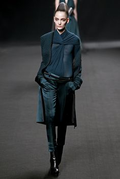 Haider Ackermann Fall 2011 Ready-to-Wear - Collection - Gallery - Style.com