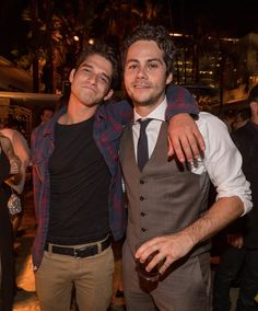 Tyler Posey, Dylan O'Brien, & Ryan Kelley Have a 'Teen Wolf' Reunion!: Photo There may only be three episodes of Teen Wolf left (say it isn't so! Stiles Teen Wolf, Scott E Stiles, Teen Wolf Mtv, Teen Wolf Boys, Teen Wolf Dylan, Teen Wolf Cast, Daniel Sharman, Tyler Posey, Tyler Hoechlin
