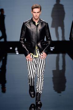 Ermanno Scervino Men's S/S 2015 fashion show #ErmannoScervino  #ScervinoLive